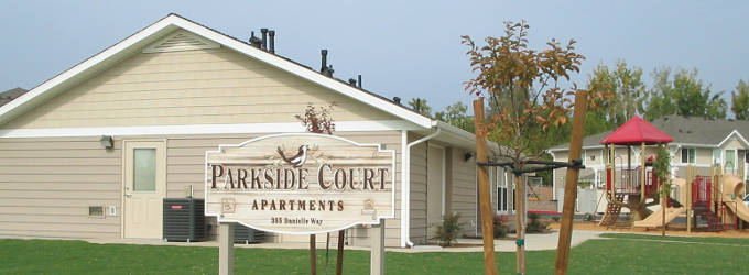 Parkside Court - Woodlake